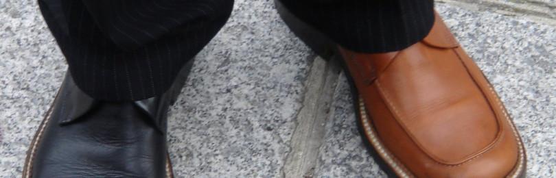 Приметы про обувь: к чему одеть разную, с какой ноги нужно обуваться