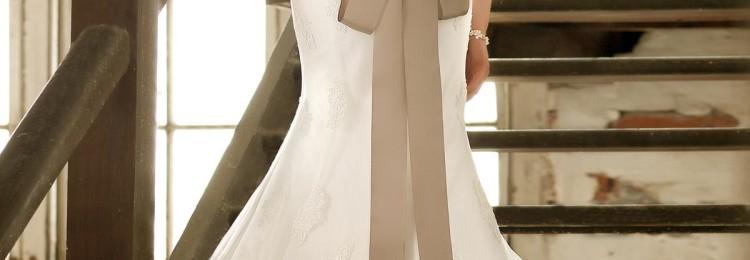 Свадебное платье рыбка: кружевное, атласное, фото