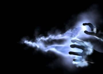 Как защититься от энергетического вампира на работе и в семье