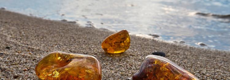 К чему снится камень янтарь: женщине, мужчине, в украшениях