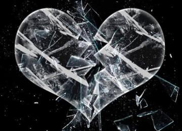 К чему снится хрустальная: ваза, бокал, люстра, разбитая посуда