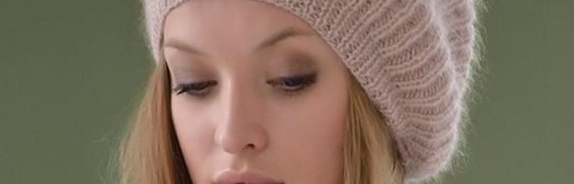 Вязание шапок спицами для женщин за 50: схемы актуальных моделей