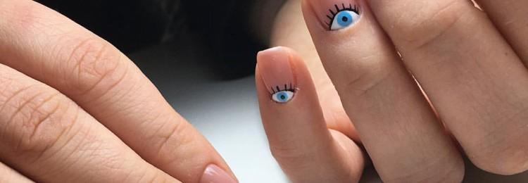 Глаз на ногтях