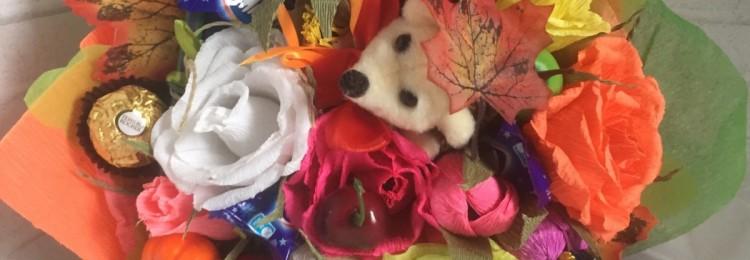Букет на 1 сентября: из конфет, пряников, мыла, игрушек