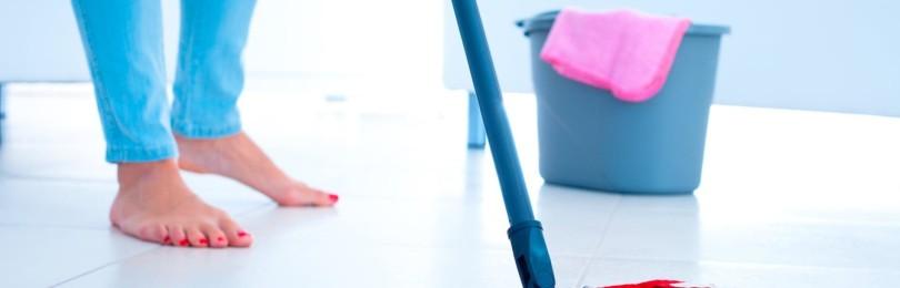 Почему нельзя мыть полы после ухода или отъезда человека