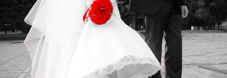 К чему приметы, если порвались босоножки, быть невесте на свадьбе в них