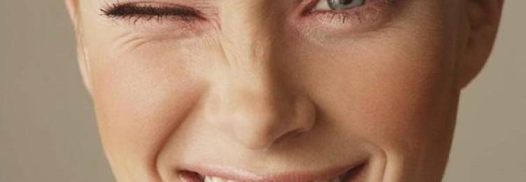 Дергается левый или правый глаз: приметы