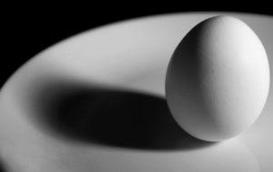 Порча на яйцах: как сделать рассорку, виды порчи, последствия ритуала